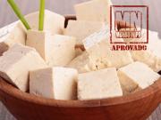 Tofu caseiro em uma tigela