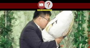 Homem casando-se com sua waifu