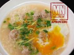 Sopa de galinha tailandesa
