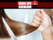 Mulher cortando cabelo de outra