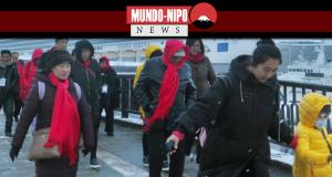 Turistas chineses chegam ao porto de Nagasaki